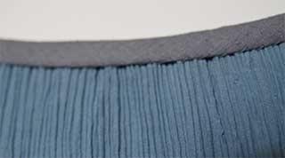 Halsausschnitt der Crinkle-Bluse von innen