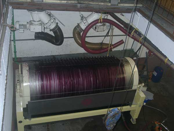 Red grapes whilst the pressing process